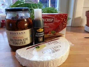 Ingredienser briecreme med soltorkadtomat